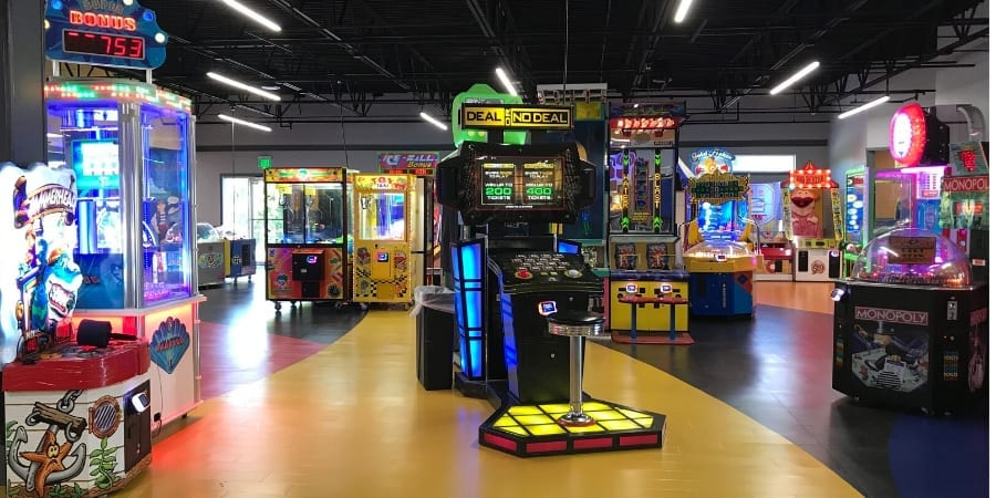 Family Fun Center – Mini Golf, Indoor Play, Games, Laser Tag and More