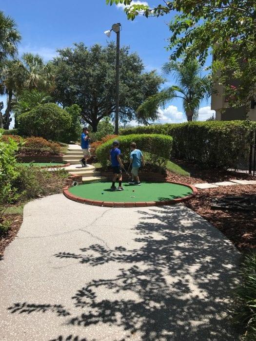 Family Fun Center Mini Golf Lakeland 2