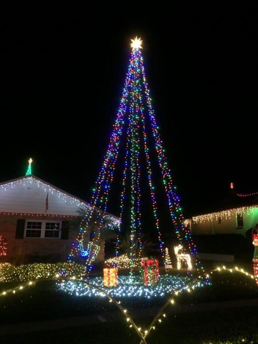Christmas Lights Lakeland Florida