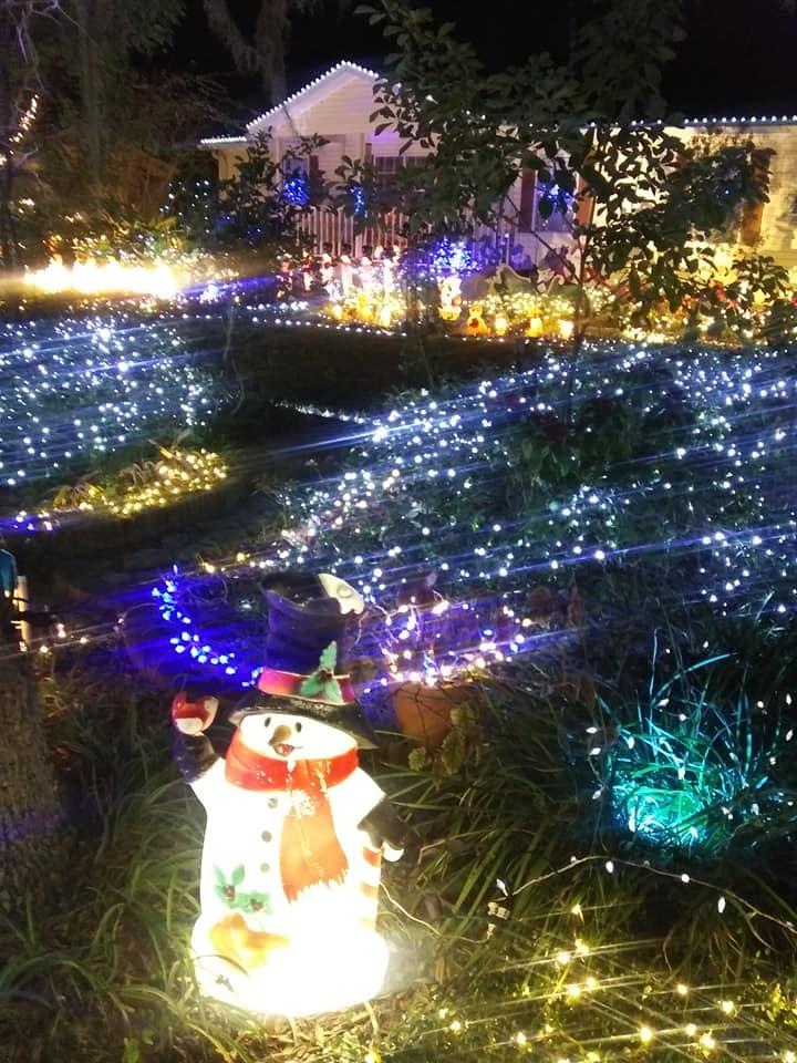 Christmas-Lights-Eagle-Lake-Florida